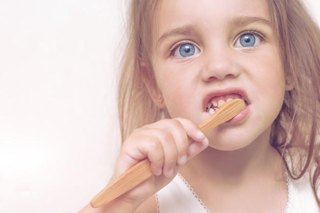 Jak zachęcić dziecko do mycia ząbków?